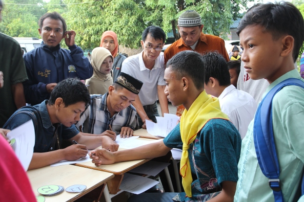 Orang tua peserta yang melakukan registrasi